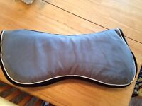 Shedrow Memory Foam Half Pad and Extra Cover