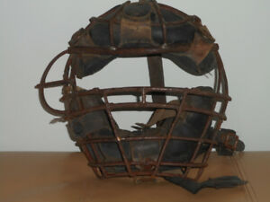 Vintage catchers mask 50+years old, great wallhanger for man cav