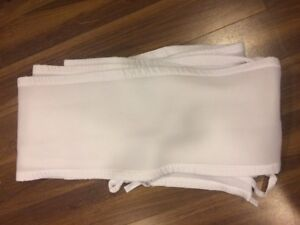 Breathable baby bumper for crib