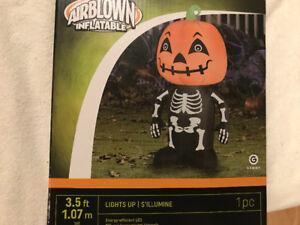 $20 ~ Brand New Halloween inflatables Skeleton, Pumpkin Decor