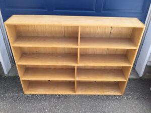Bibliothèque en chêne pour haut de bureau