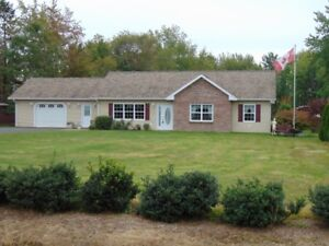 7.88 ACRES/3 BD/LG DECK WITH CABANA/POOL/CABIN IN CENTREVILLE