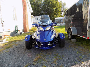 CAN-AM spider rtr 2012