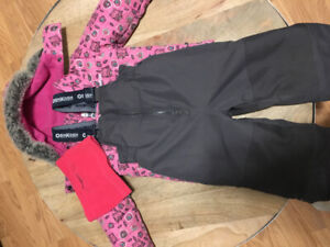 3T OshKosh snowsuit and neck warmer