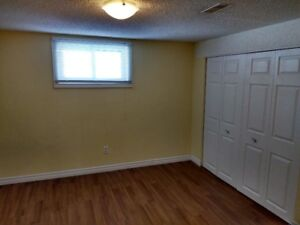 3 Bedroom Apartment for Rent Barrie (all inclusive)