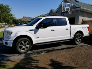 2016 Ford F150 Sport 4x4 moonroof navigation