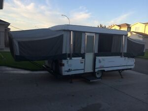 2002 Coleman Utah Tent Trailer with slide