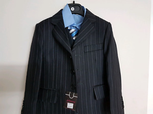 Size 3 boy dress suit brand new