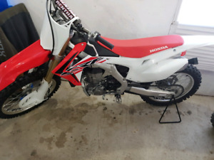 SHOWROOM CONDITION 2015 CRF450R