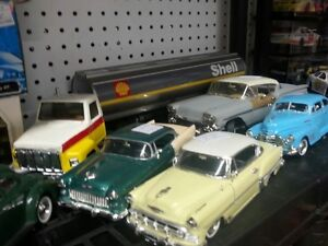 for the die cast collector in your family