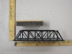 Model Trains (HO Bridges)