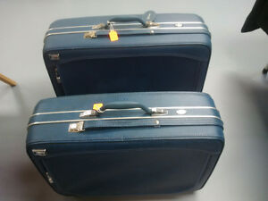 Various Vintage Bags & Luggage