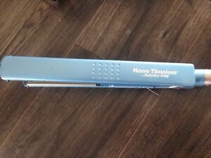 Babyliss hair straightener