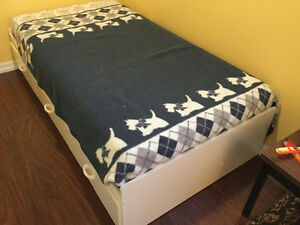 Mates Bed