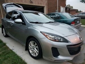 2013 Mazda 3 Cambridge Kitchener Area image 1