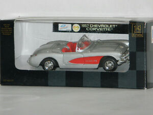 New Ray 1/43 Scale 1957 Chevrolet Corvette Diecast Car Silver