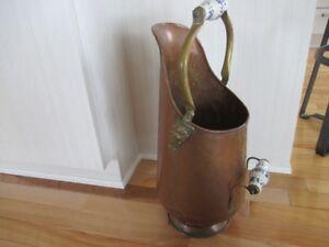 Chaudière antique en CUIVRE / COPPER poignée porcelaine