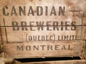 Caisse de bières en bois vintage Wood beers case