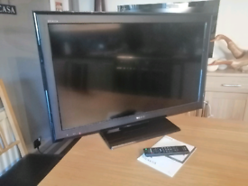 """Sony Bravia 37"""" Inch Full HD TV Television With Freeview"""