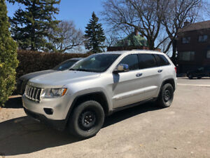 2012 Jeep Grand Cherokee Overland SUV, Crossover - LOW KMS