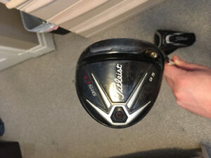 915 D2 Titleist driver for sale