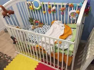 Mobilier et articles divers pour bébé