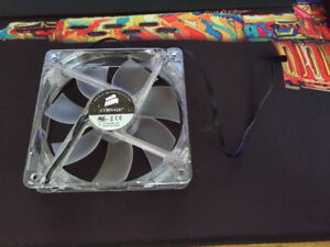 120 mm Corsair case fan, very quiet, red LED