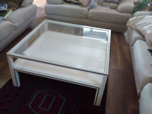 GLASS AND STEEL COFFE TABLE. CREAM COLOUR