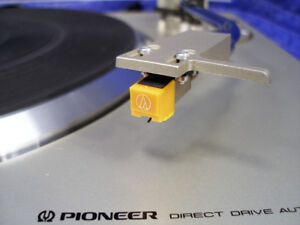 Table-tournante PIONEER PL-200 Direct-Drive Turntable