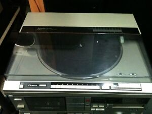 VINYL IS BACK>> BABY.. & We have lots of Turntables 4 SALE.. London Ontario image 4