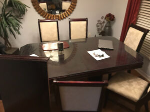 7 pc Dining room set for sale