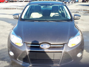 MINT CONDITION 2012 FORD FOCUS SE! Reduced $6950.00 O.B.O.