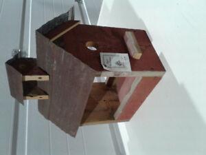 New Rustic birdhouse Rays