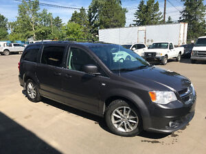 2014 Dodge Grand Caravan SXT 30th Anniversary Leather, DVD, Navi