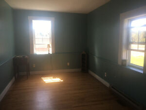 Room for rent in old country family farm house