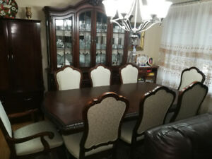 Beautiful solid cherry wood dining room set.