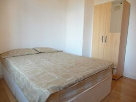Double room available in in Homerton station. £180pw all incl