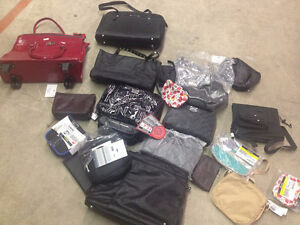 WHOLESALE LOT OF LAPTOP BAGS, BACKPACKS, CAMERA BAGS & MUCH MORE Windsor Region Ontario image 8