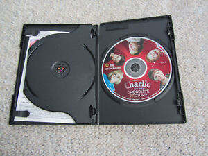 Charlie And The Chocolate Factory 2-Disc DVDs-With Trading Cards Kitchener / Waterloo Kitchener Area image 3