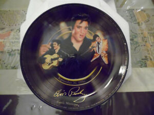 Lot articles souvenirs Elvis Presley