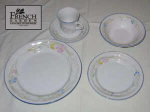 Stoneware set (for 4 people)