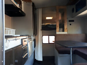 9 1/2 ft Camper for sale