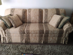 Retro Kennedy Galleries couch with high density foam