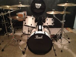 Pearl drum kit complete with zildjian cymbals