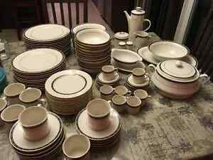 Fine dishware - set of 12