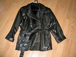 Manteau toute saison en cuir (grandeur médium)