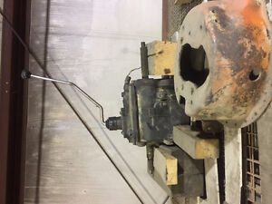 1976 Toyota FJ40 manual gearbox and misc parts