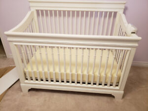 EUC Baby Crib by Young American.
