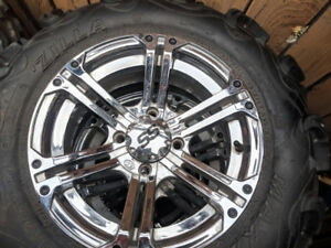 MAXXIS SS Quad tires, excellent condition, with crome rims