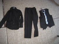 Boys size 6 suit, size 1 shoes